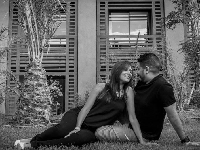 Réservez votre photographe professionnel pour un shooting photo en couple à Marrakech
