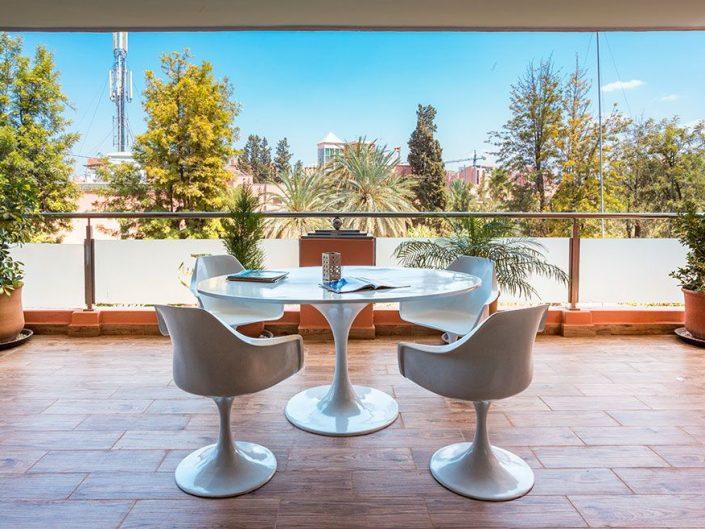 Spécialisée en photographies d'architecture et d'espaces intérieurs à Marrakech