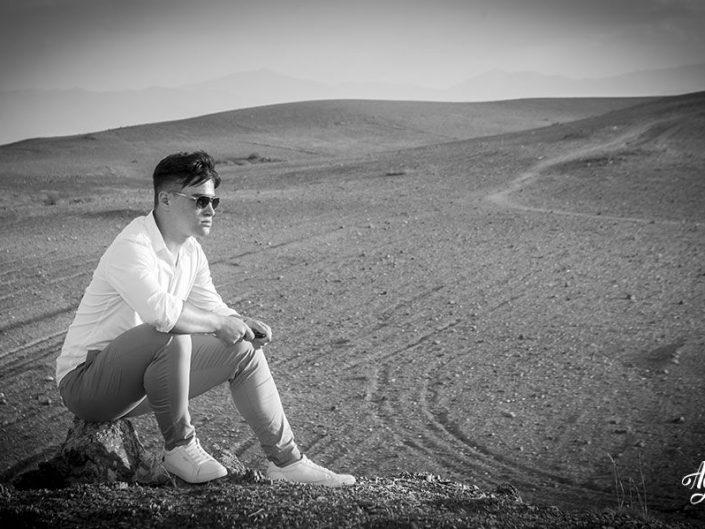 Photographe noir et blanc à Marrakech